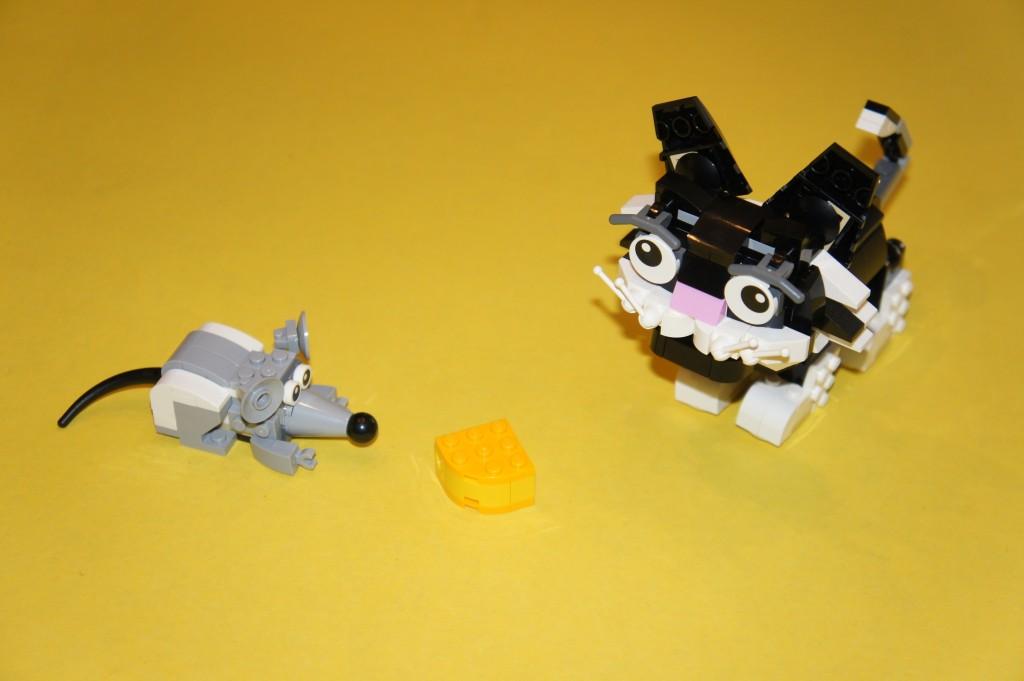 LEGO31021